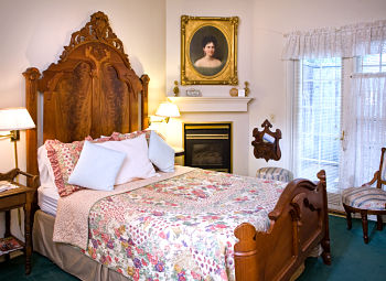 yesteryear victorian bed and breakfast decor