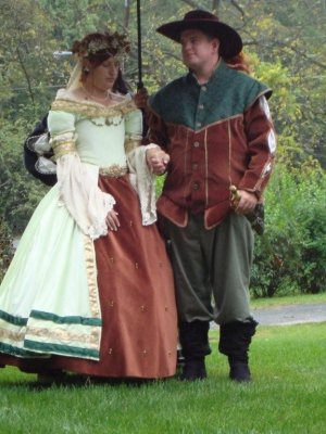 cornwall inn renaissance fair wedding