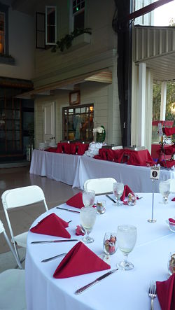 danville bnb table with red napkins