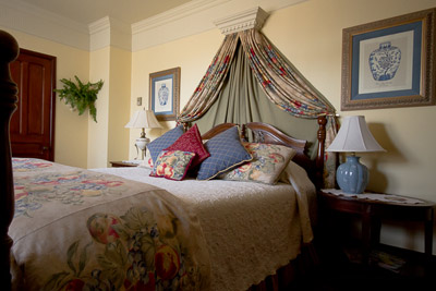 The Webster Room at Victoria's Historic Inn