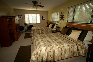 Double bed Grand Canyon Room Prescott Pines
