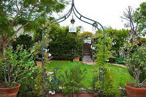 Manzanita Courtyard