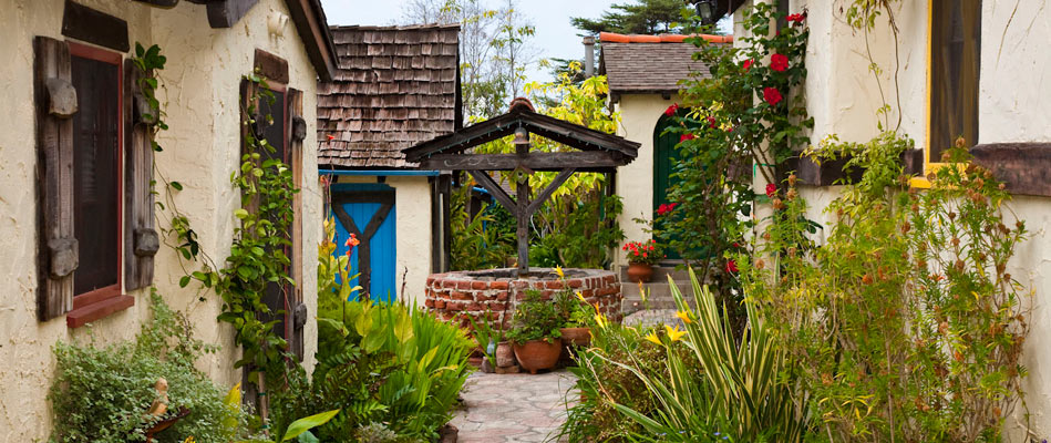 Manzanita Cottages Wishing Well