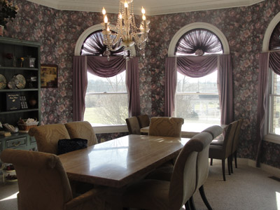 Dining room at Rabbit Creek B&B