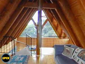 Alaska Adventure Cabins Dovetail Loft 360 view