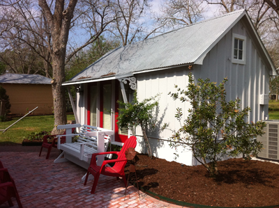 Little Dipper Vacation Rental in Fayetteville, Texas