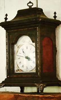 Admiral Peary Inn Vintage clock