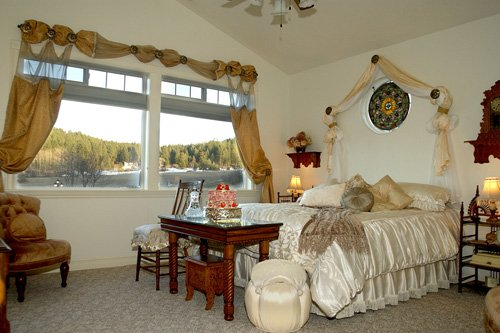 The Big Sweet suite accommodations at American Country B&B