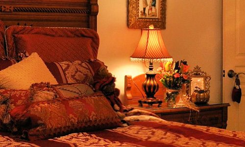 The Holidaze bed at American Country Bed & Breakfast