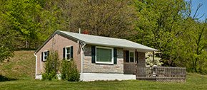 Maple Creek Family Lodging