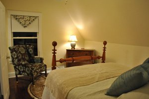 Creekwood Guest Room