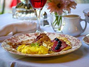 Full breakfast served
