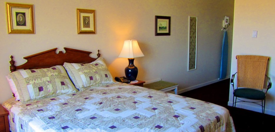 Room 3 Queen bed, Water View, Wheel Chair Accessible
