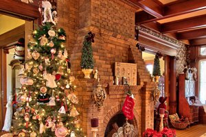 Christmas decorations in the foyer