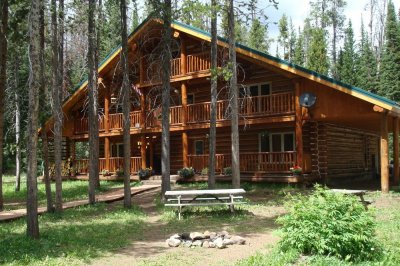 skyline guest ranch lodge in summer