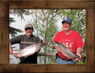 Fishermen at Alaska Riverview Lodge in Kasilof Alaska