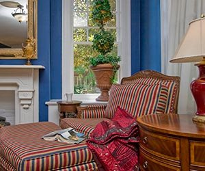 Robinwood Bed and Breakfast reading nook in Little Rock, Arkansas