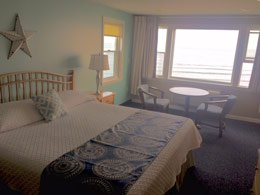 room at the Cutty Sark Motel in York, Maine