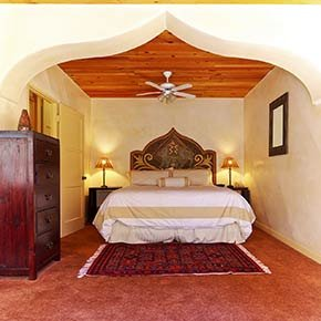 Acorn room in Emerald Iguana Inn in Ojai, California