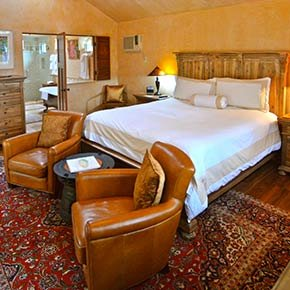 raven room in Emerald Iguana Inn in Ojai, California