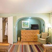 room 2 at blue iguana inn