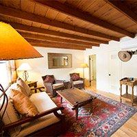 #2 bedroom in Blue Iguana Inn in Ojai, California