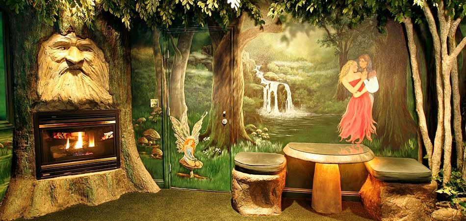 enchanted forest suite black swan themed pocatello hotel