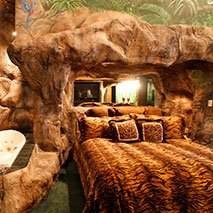 Tropical Paradise Suite in Black Swan Inn in Pocatello, Idaho