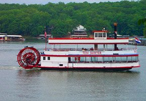 River Tours near Bass and Baskets in Lake Ozark, MO