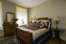 Edward's Mountain Sunrise room at Historic Emig Mansion