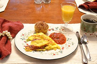 Breakfast at Franklin House Bed and Breakfast