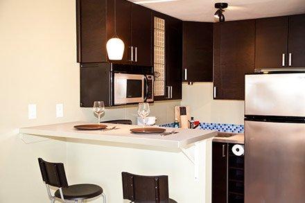 Deluxe Queen Studio with Full Kitchen