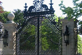Tour the Breakers Mansions at Newport Rhode Island