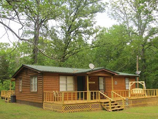 Triple Oaks Cabin at Hochatown Junction in Broken Bow, OK