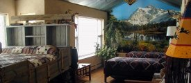 Cody WY Lodging: Rocky Mountain Room