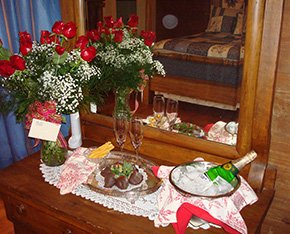 Romance Package at Columbus Street Inn in Fayette, Alabama