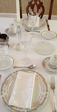 Place Setting at the Confederate House Bed and Breakfast