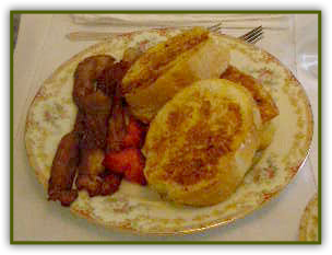 French Toast at Rosehaven Cottages in Little Rock, Arkansas