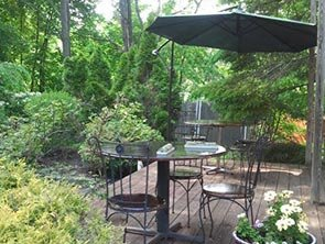 Outdoor patio at PineCrest Inn in Gorham, Maine