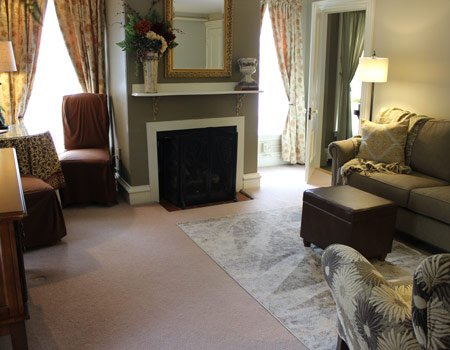 The Amherst Room at PineCrest Bed and Breakfast in Gorham, Maine