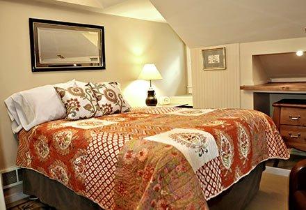 Cedar Room at Forest Springs in Gresham, OR