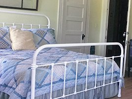 Guest Room at Applebrook Bed and Breakfast in Jefferson, New Hampshire