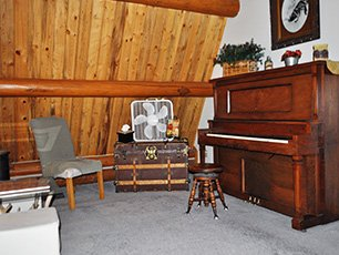 Piano Area at Snowberry Inn in Eden, UT