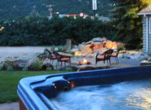 Hot Tub at Colorado Cottages