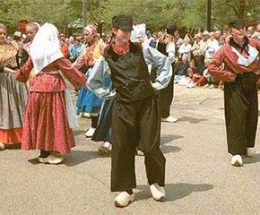 tulip festival dancing