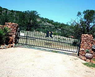 Gate at Mountain View Guest House in Llano Texas