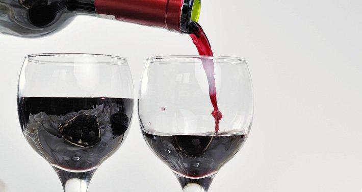 Wine Glasses at McKenzie House B&B in Northern Indiana