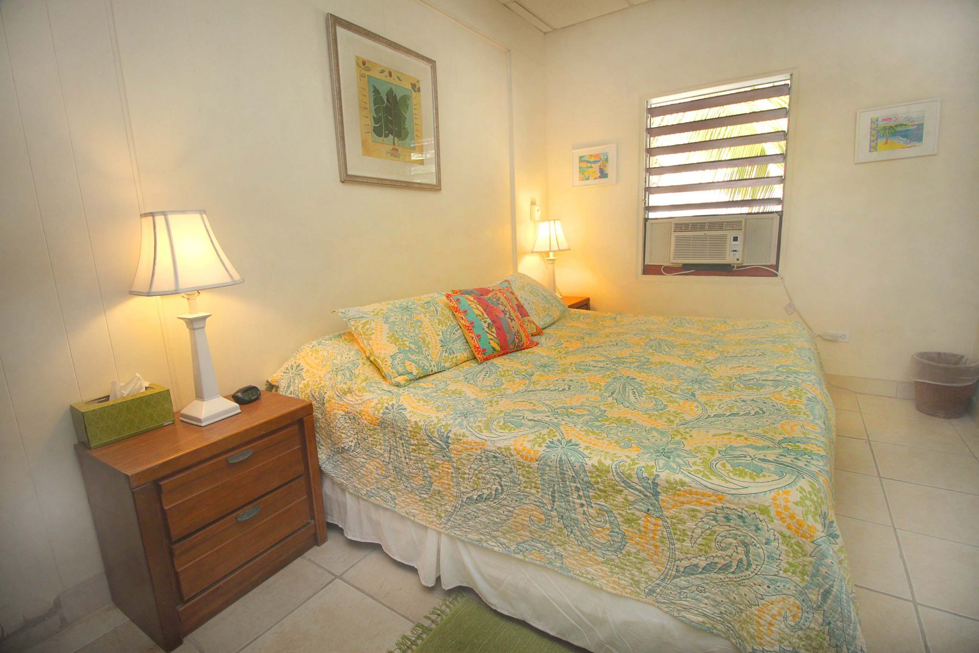 Delta bedroom
