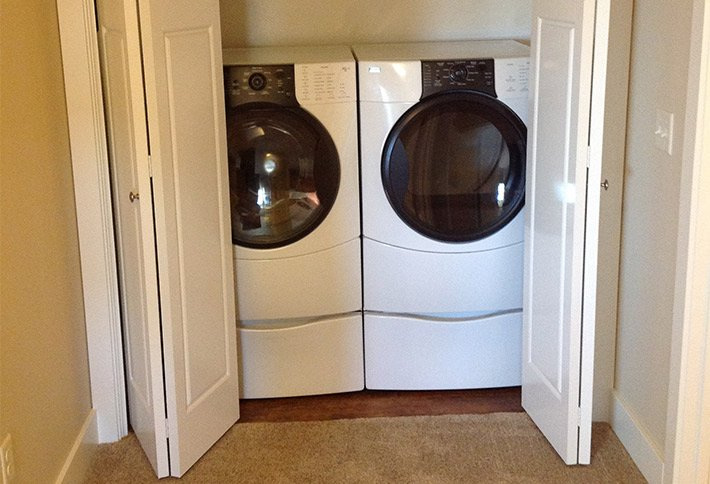 washer and dryer at the crossings bed and breakfast