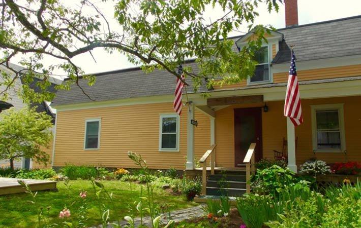 Exterior of Farmhouse Inn in Blue Hill, ME